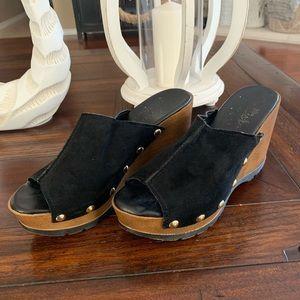 Callisto of California Black Wedge Sandal size 8.5